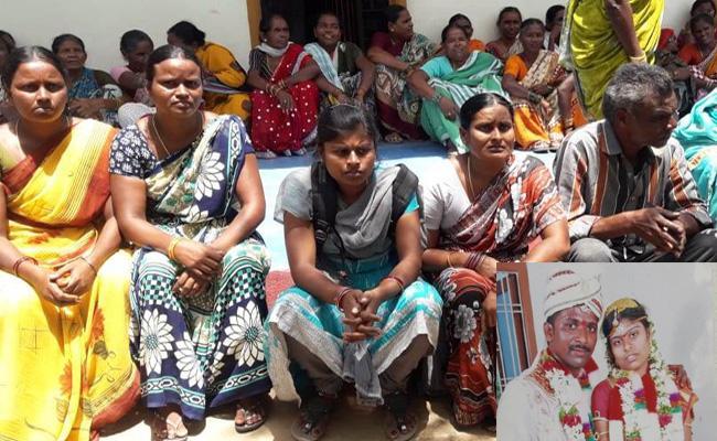 Married Women Suicide In Warangal - Sakshi