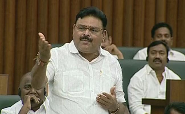 Jogi Ramesh Praises YS Rajasekhara Reddy - Sakshi