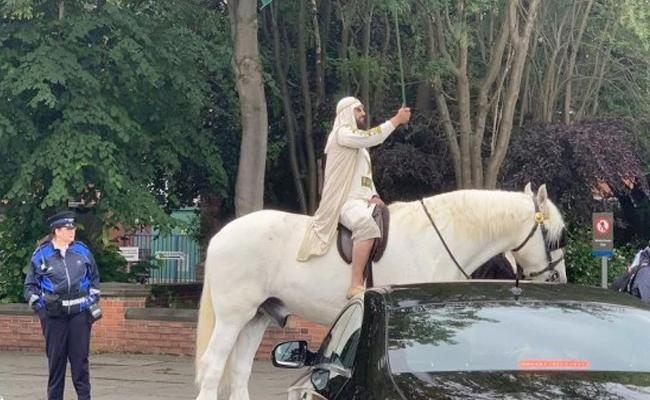 ICC World Cup 2019: Fan Arrives On A Horse At The India Vs Pakistan Match - Sakshi