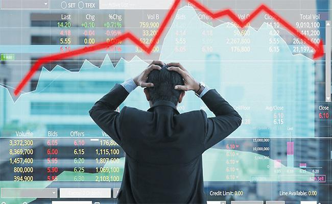 Sensex Nifty Extend Losses Led By Decline In RILAxis Bank - Sakshi