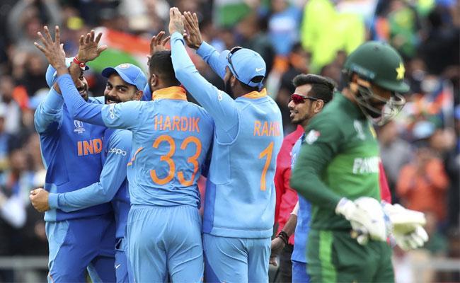 World Cup 2019 Team India Beat Pakistan By 89 Runs - Sakshi