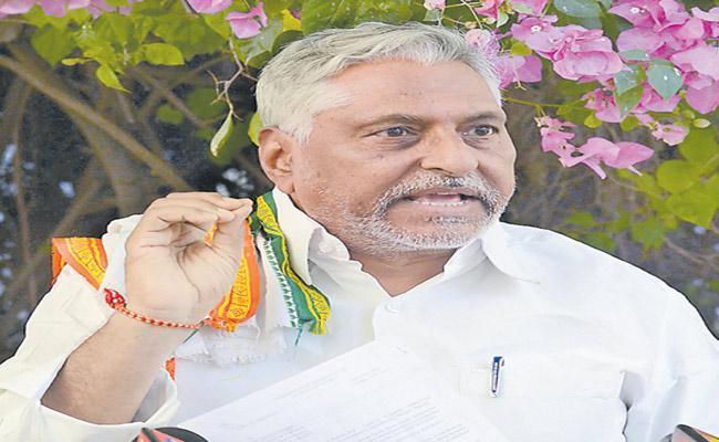 Congress Leader Jeevan Reddy Fires On KCR Over Tummidihatti Project - Sakshi