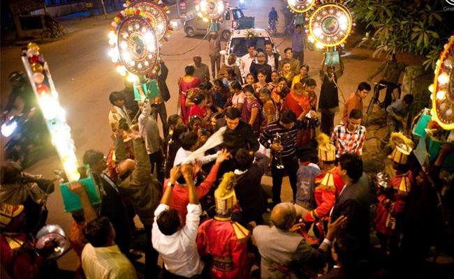 Conflicts in Wedding Baraat Hyderabad - Sakshi