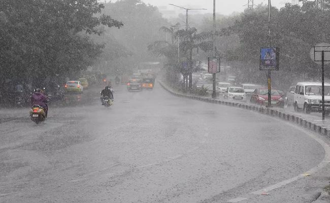 Southwest Monsoon May Enter Telangana On 22nd June - Sakshi