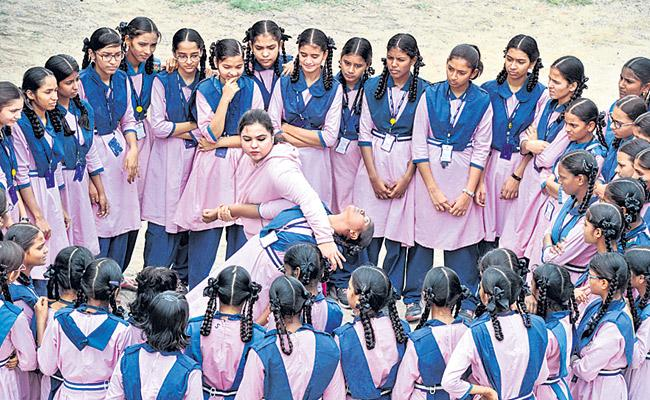 Syeda falak Giving Training To Girls In Karate - Sakshi