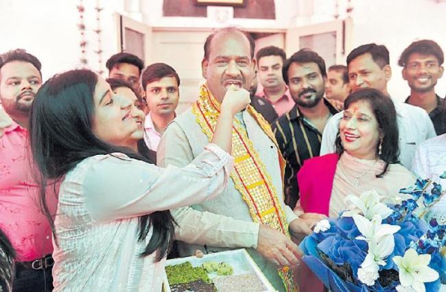 Om Birla to be new Lok Sabha Speaker, Opposition to support BJP - Sakshi