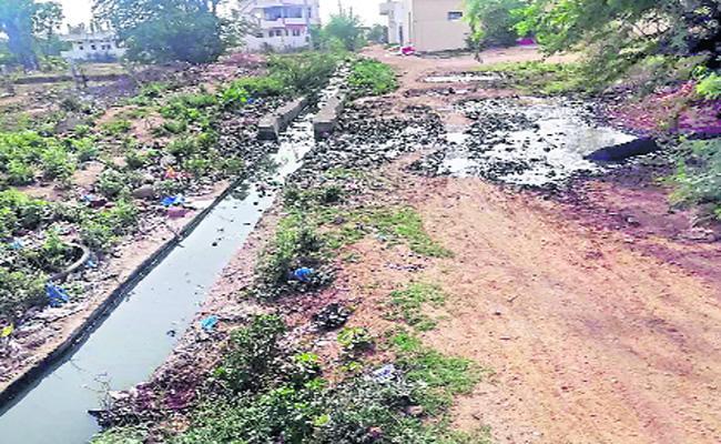 Developments Works Stop In With Funds Mahabubnagar - Sakshi
