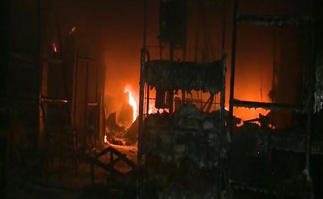 Fire Accident In Kakinada - Sakshi
