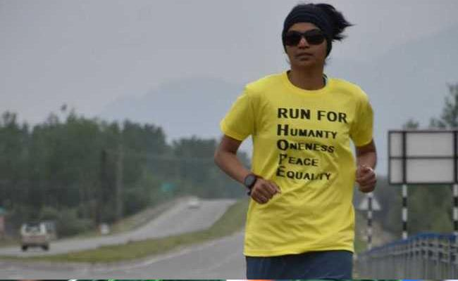 She Is Running From Kashmir To Kanyakumari In 100 Days With A Mission - Sakshi