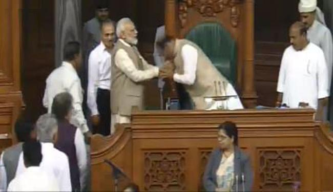 Om Birla Unanimously Elected Lok Sabha Speaker - Sakshi