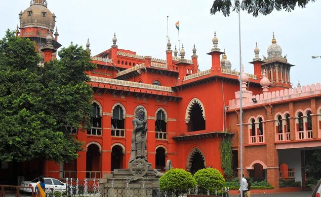 Madras HC Slams Tamil Nadu govt In Chennai Water Crisis - Sakshi