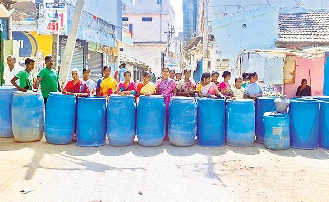 Drinking Water Problem In Medak District - Sakshi