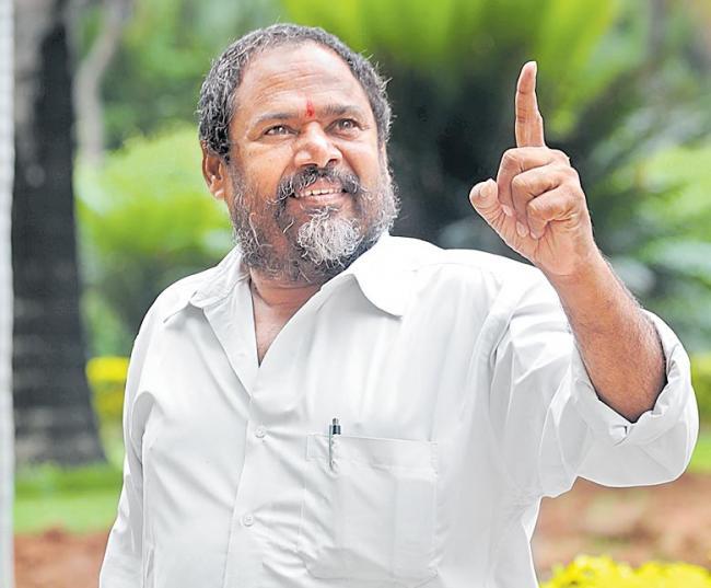 R Narayana Murthy New Movie Market lo Prajaswamyam - Sakshi