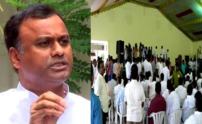 Majority Followers Left From Komatireddy Raj Gopal Reddy Meeting - Sakshi