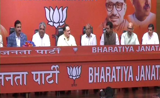 Four TDP MPs Sujana, TG Venkatesh, CM Ramesh, Garikapati Join BJP - Sakshi