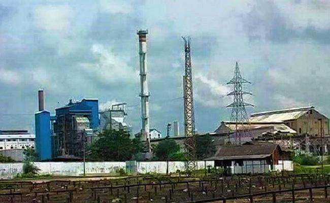 Nizamabad Bodhan Sugar Factory Employees Stage - Sakshi
