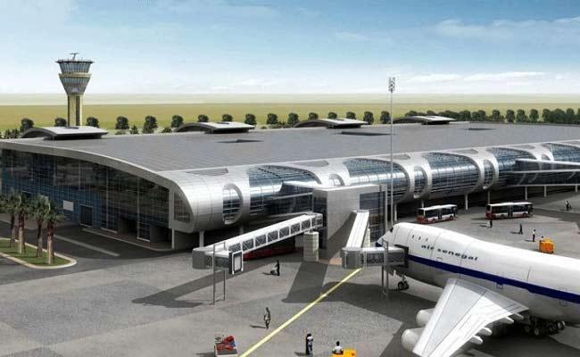 IYR Krishna Rao Article On Chandrababu Naidu Airport Checking Issue - Sakshi