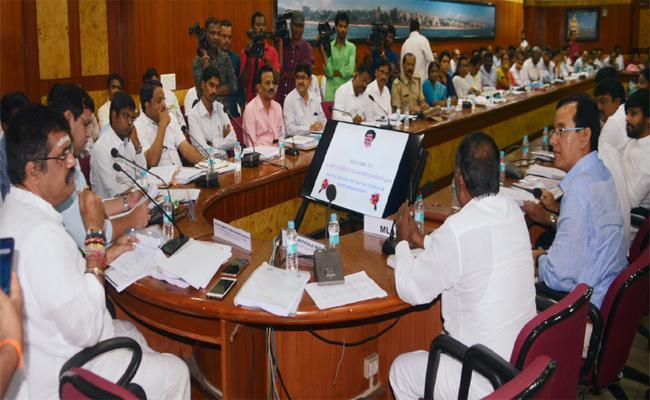 Our Agenda Is To Develop Integrity: Avanthi srinivas - Sakshi