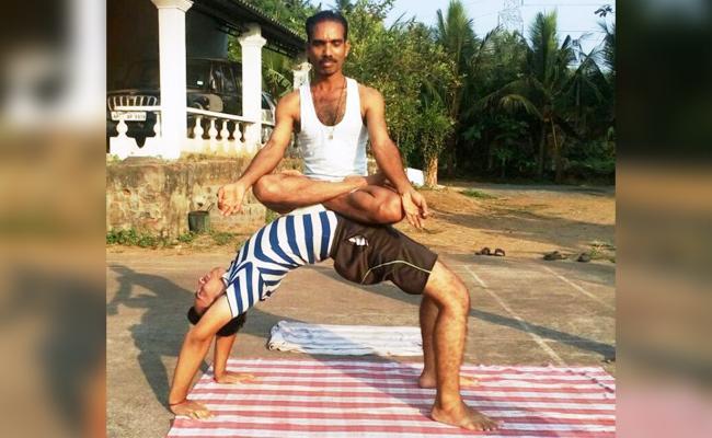 Prison Lifestyle Change With Yoga Practice - Sakshi