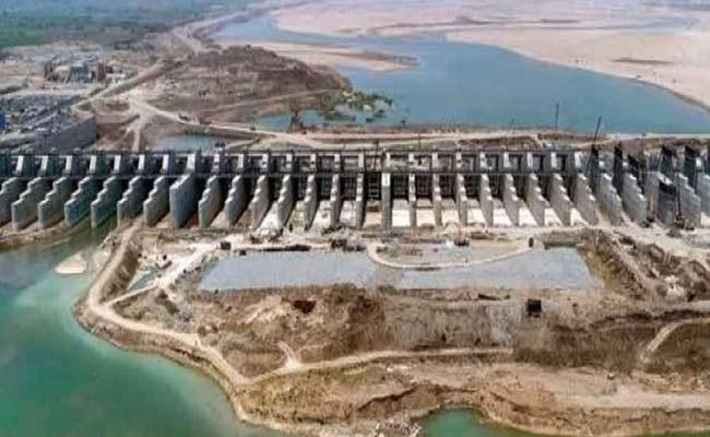 KCR Inaugurates Kaleshwaram Lift Irrigation Project - Sakshi