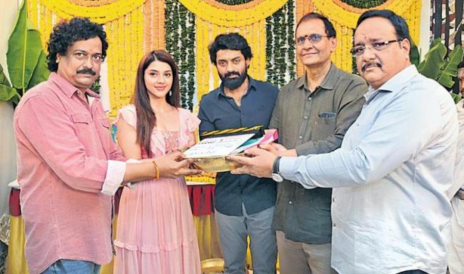 Nandamuri Kalyanram and Mehreen New Movie Launch - Sakshi