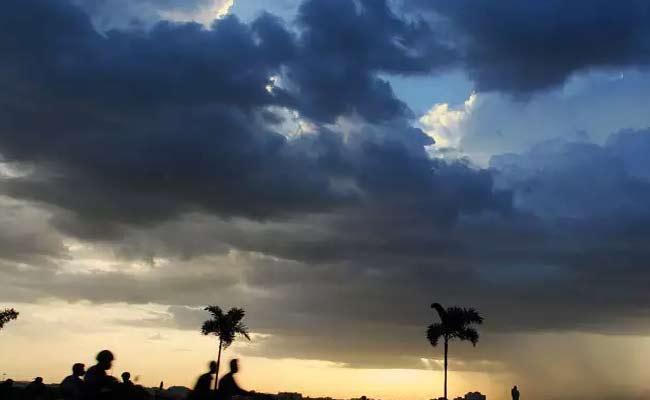 Monsoon Reaches Telangana In The Next Two Days - Sakshi