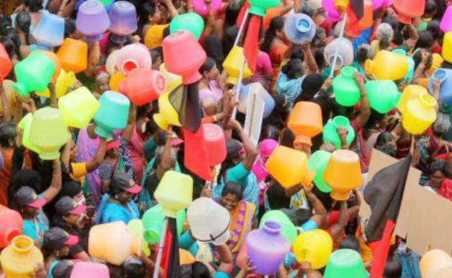 Water Crisis In Chennai - Sakshi