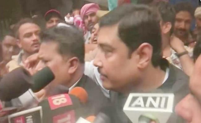 Molested Accused BSP MP Atul Rai Surrenders In Court - Sakshi
