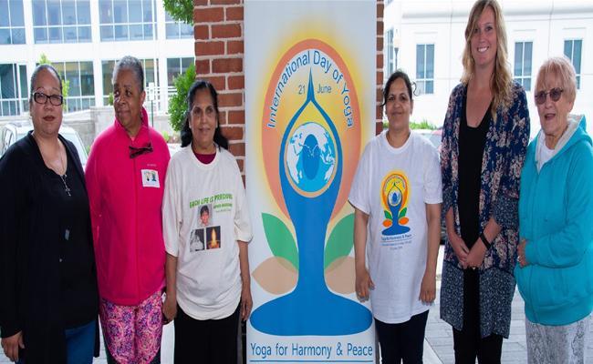 Yoga Day Organised By Subbayamma Nagubadi And Nitha Fiona In Valparaiso - Sakshi