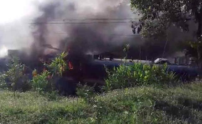 Samaleshwari Express Engine Catches Fire In Odisha - Sakshi