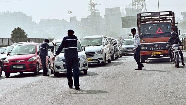 Careful drivers New bill proposes Rs 10k for drunk driving Rs 5k for speeding - Sakshi