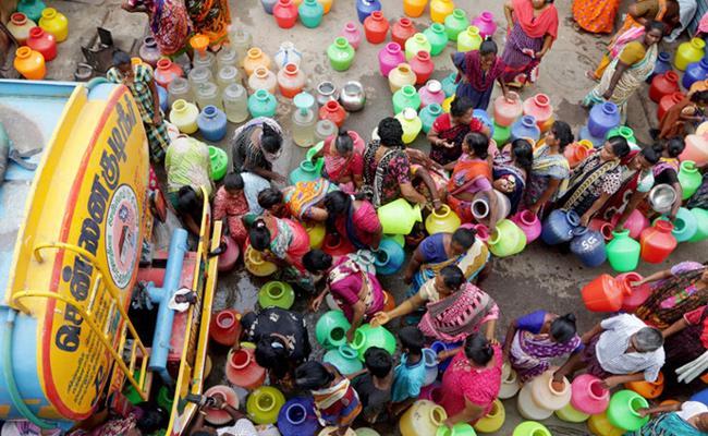 Tamil Nadu Remains on Edge as State Struggles to Endure Water Crisis - Sakshi