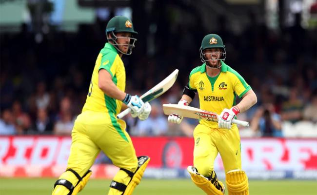 David Warner Thirrd Australian To Hit Five Hundred Runs In Single World Cup - Sakshi