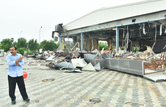 Alla Ramakrishna Reddy Comments on Praja Vedika Demolition - Sakshi