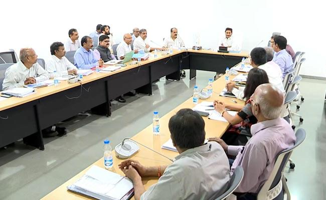 AP CM YS Jagan Meeting With Power And Energy Department Officials - Sakshi
