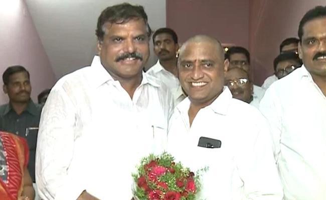 Minister Botsa Satyanarayana Visits Chipurupalli - Sakshi
