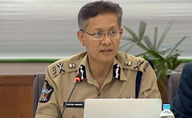 30 DSPs Transferred in Andhra Pradesh - Sakshi