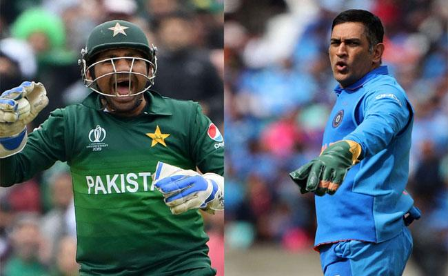 ICC asks whose catch was better Dhoni or Sarfaraz - Sakshi