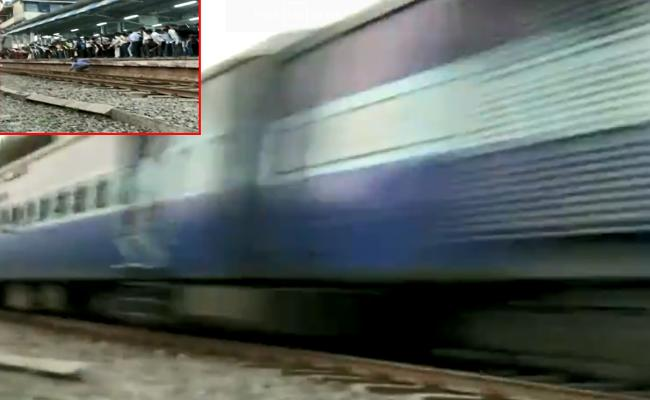 Man survives in Asangaon railway station - Sakshi