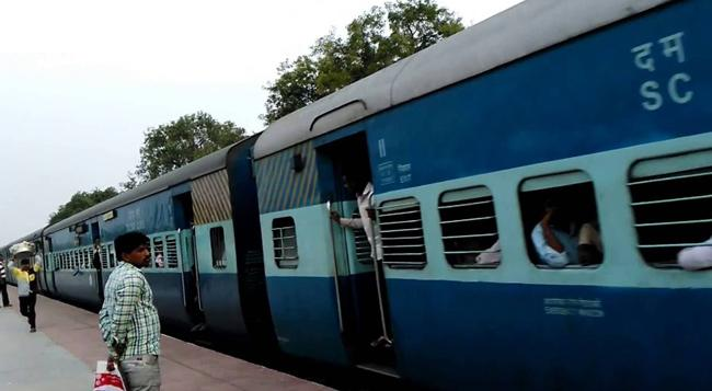 Special Trains From Secunderabad to Bhubaneswar - Sakshi
