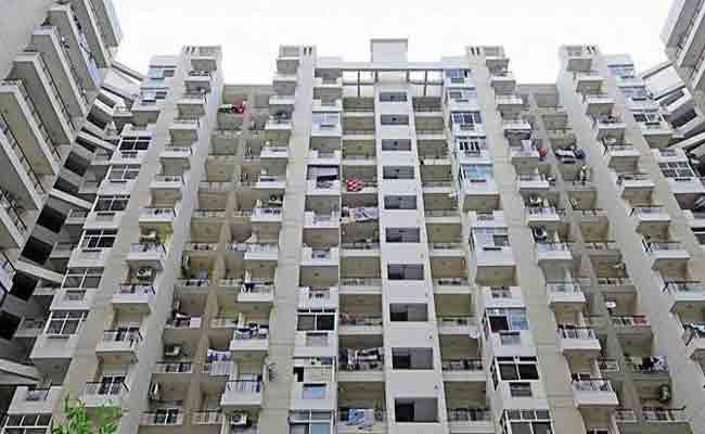 KA DCM Says A Temporary Ban On Apartment Constructions In Bangalore - Sakshi