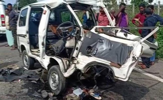 Road Accident In Kerala - Sakshi