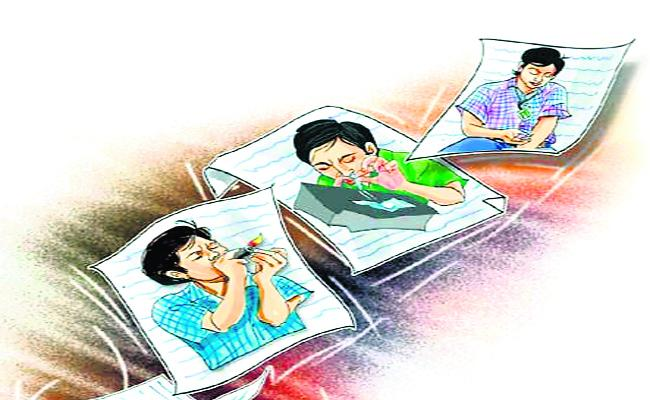 Youth  Addicted To Alchohol, Drugs In Mahabubnagar - Sakshi