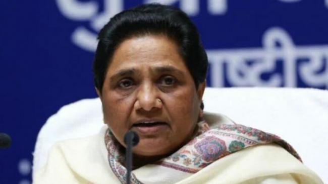 Mayawati Blames Akhilesh Yadav For Uttar Pradesh Poll Drubbing - Sakshi