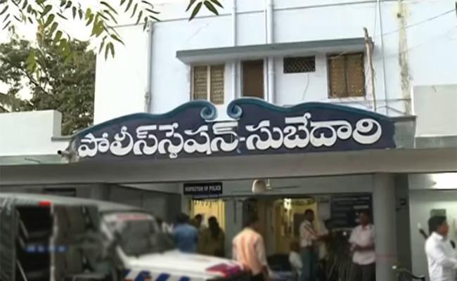 Locals Attack Telangana Cops In Rajasthan - Sakshi