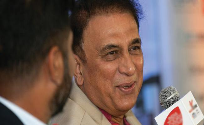 Sunil Gavaskar Trolls England Over Non English Players - Sakshi