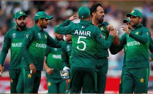 World Cup 2019 Pakistan Beat England By 14Runs - Sakshi