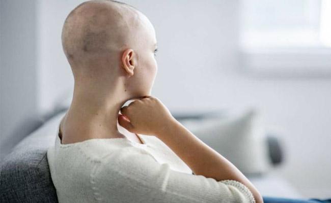 Kerala Woman Loses Hair After Wrong Cancer Diagnosis And Treatment - Sakshi
