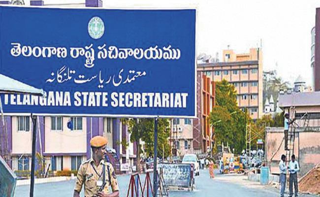 KCR To Meet Governor Narasimhan Discuss On Cabinet Expansion - Sakshi
