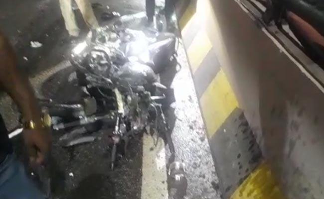Man Died In Car Accident In Panjagutta - Sakshi